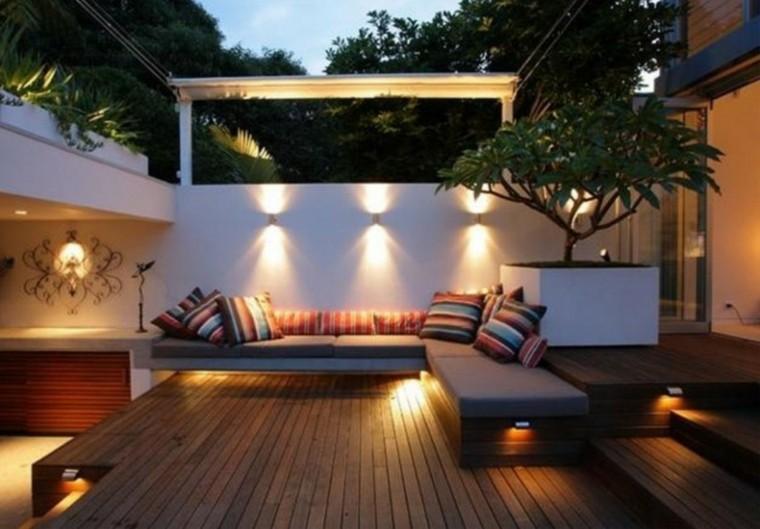 bonita decoración terraza moderna