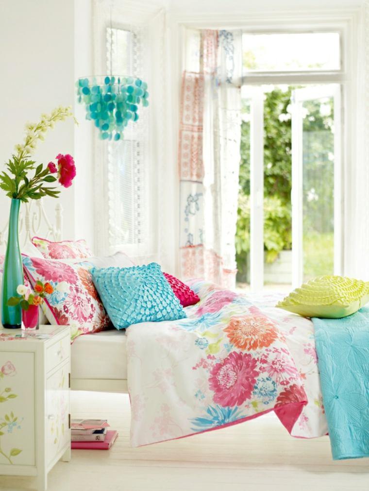 bonito conjunto ropa cama colores
