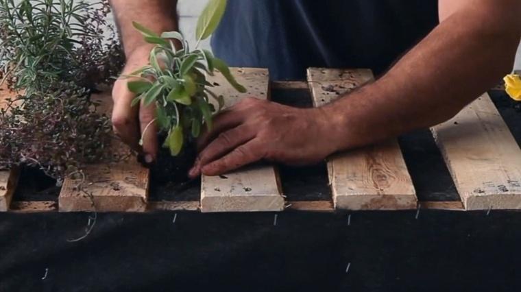 jardinera palet paso número once