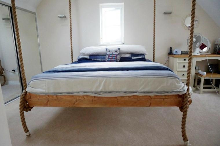 cama colgante de madera natural