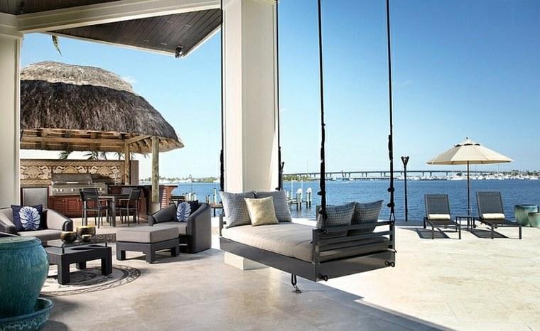 cama colgante terraza lujosa vistas