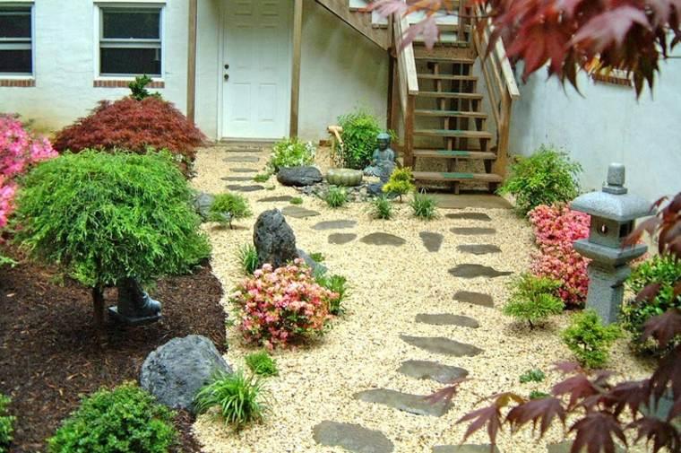 camino jardín piedras estilo Zen