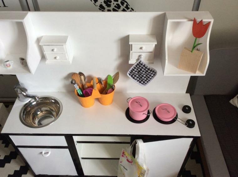 cocina blanca pequena nina opciones interesantes ideas