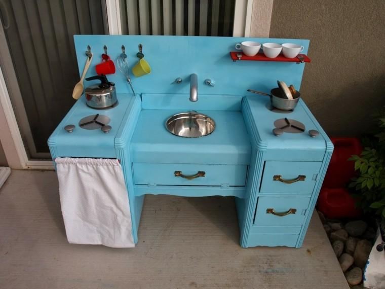 cocina colorida juegos ninos color azul madera ideas