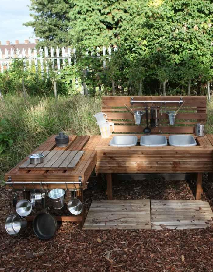 Cocinas de juguete para que los ni os se diviertan for Cocinas para jardin