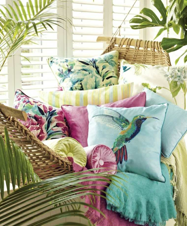 El verano en tu hogar 24 ideas creativas para decorar - Cojines de colores ...