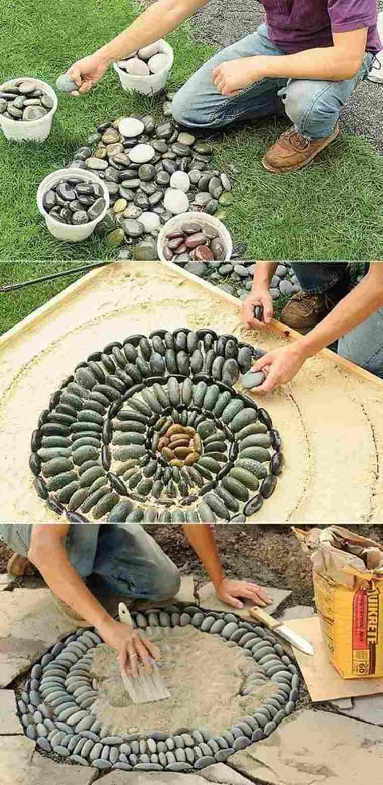 como hacer mosaicos con guijarros