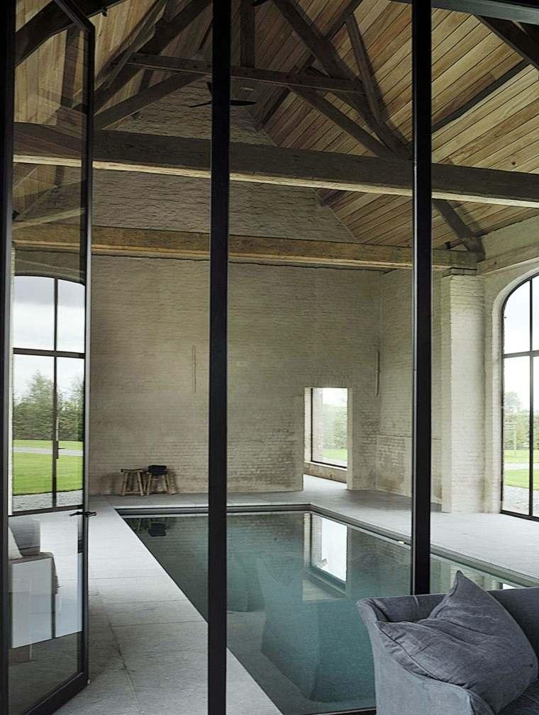 construccion de piscinas dentro casa disenos pequena ideas