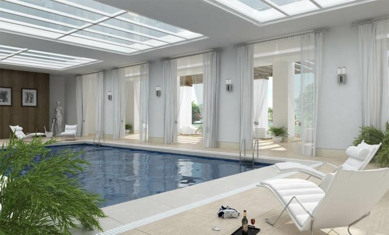 construccion de piscinas dentro casa disenos plantas tumbonas blancas ideas