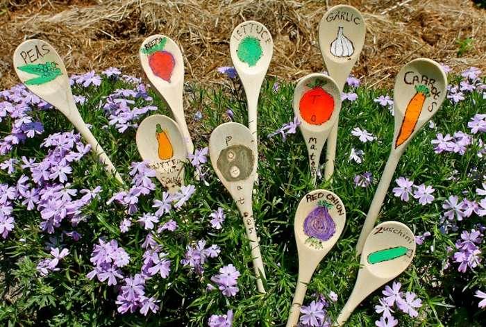 cucharas estilos muebles suelo flores
