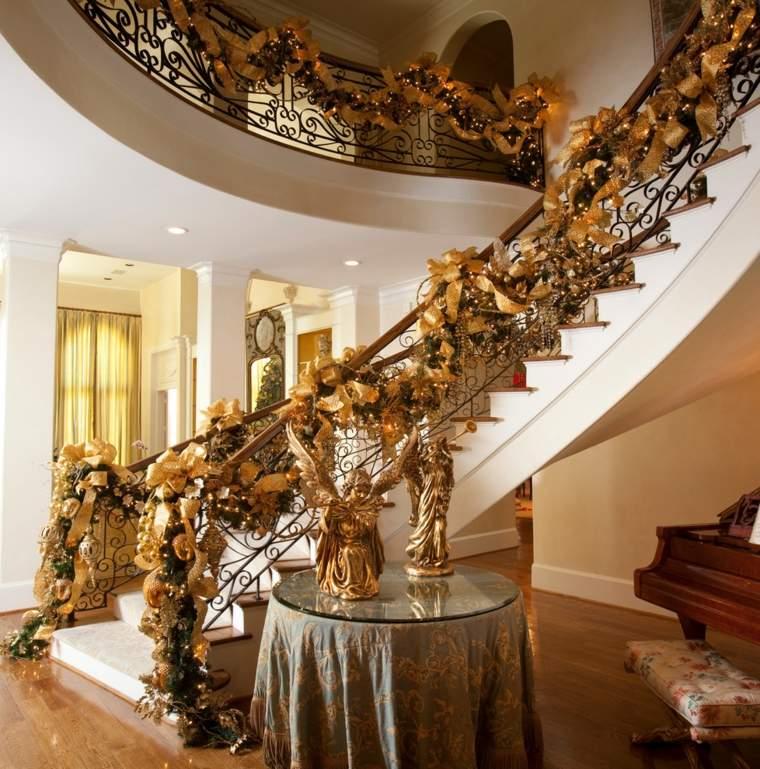 decoración navideña escaleras