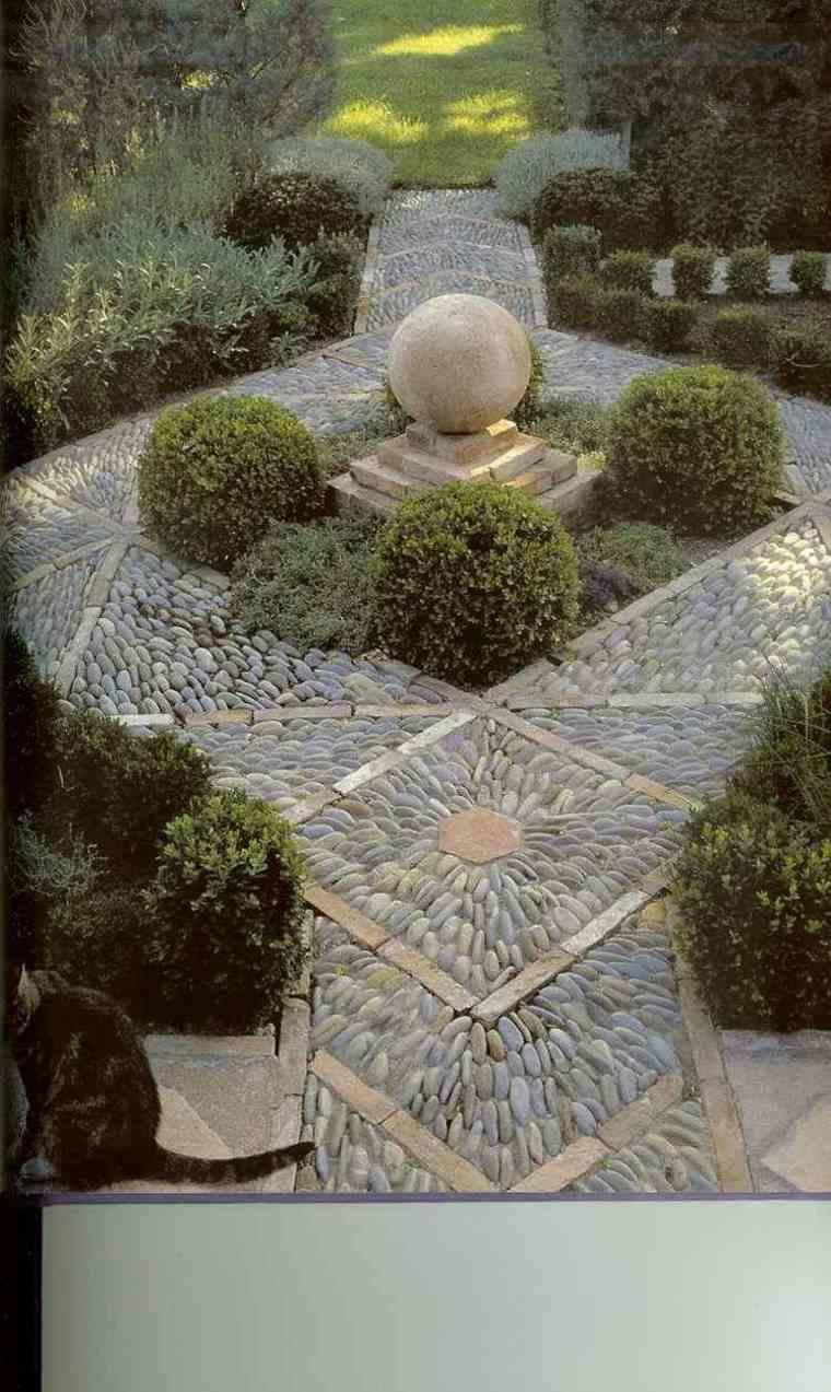 decorar jardines caminos con mosaicos