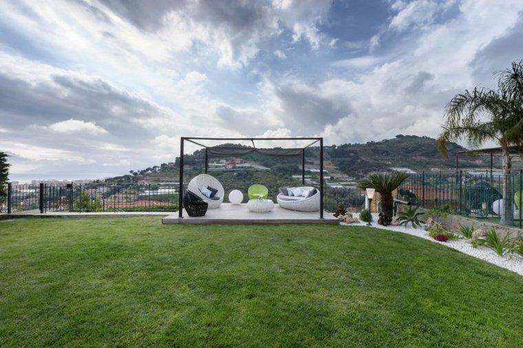 diseno jardin moderno cesped lugar descanso muebles ideas