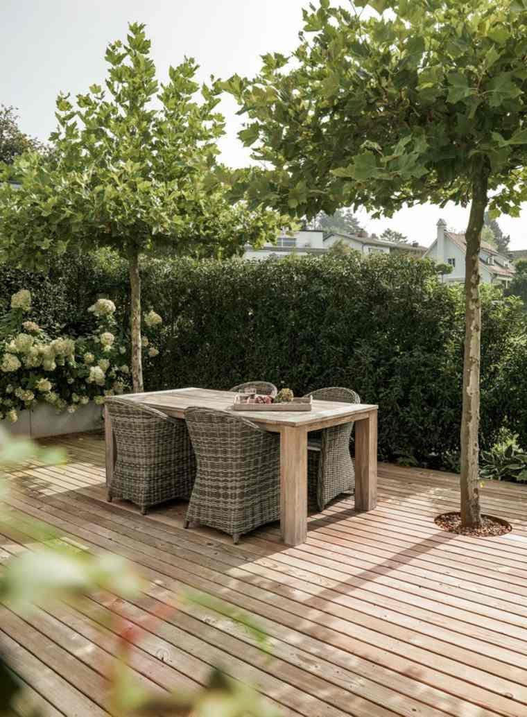 diseno jardin moderno comedor arboles suelo madera ideas