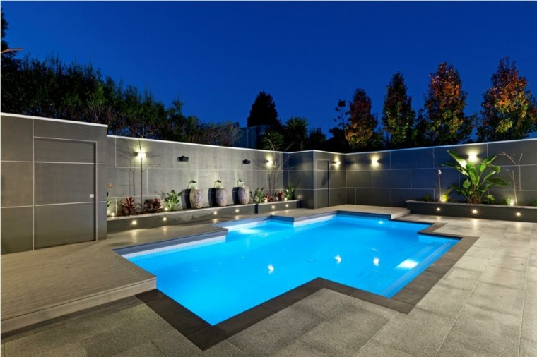 diseno patio piscina minimalista