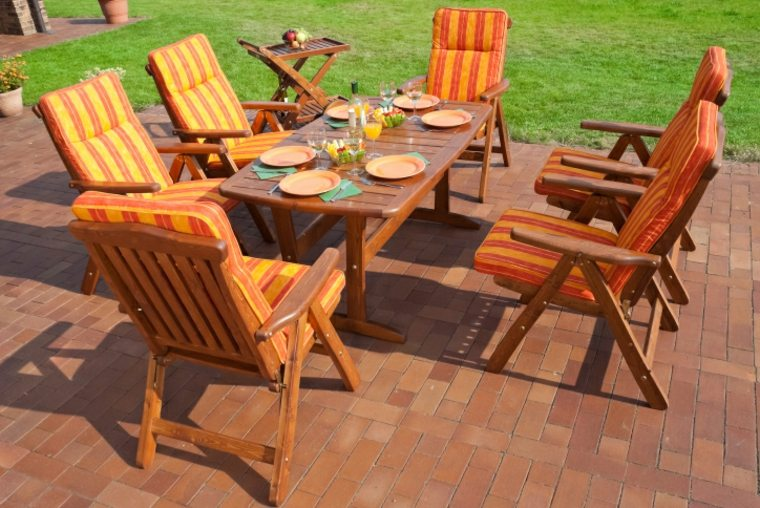 disenos jardines modernos muebles madera lacada ideas