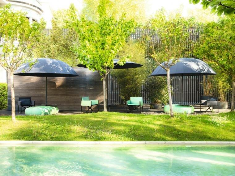 disenos jardines modernos sombrillas muebles diseno ideas