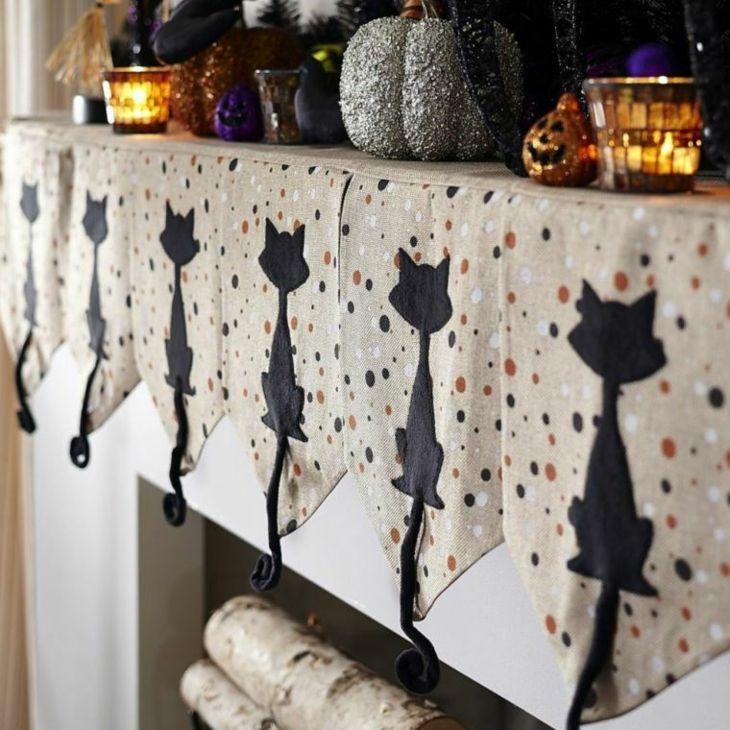 elegante decoracion halloween gatos amarillo