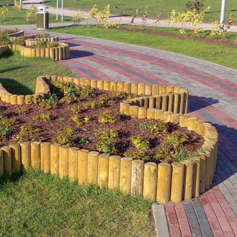 Bordes y separadores para parcelas de jardines 24 ideas for Jardin con madera