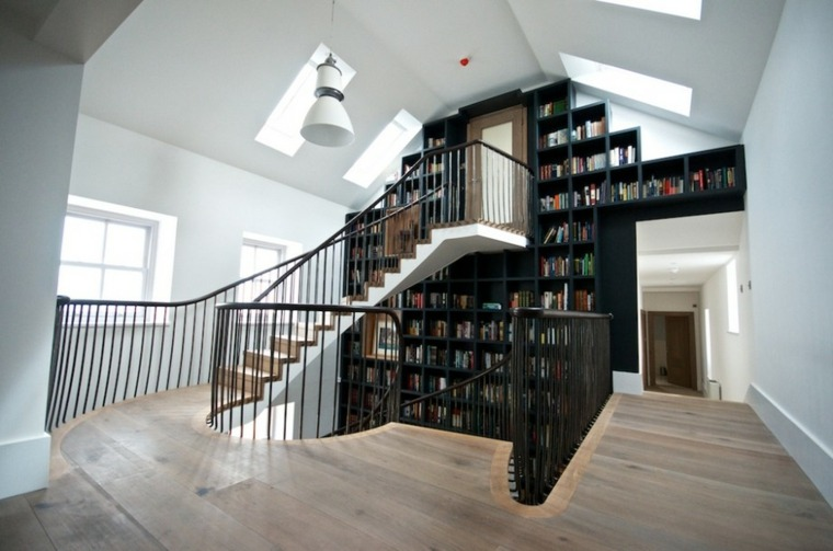 escaleras biblioteca segundo tercer piso