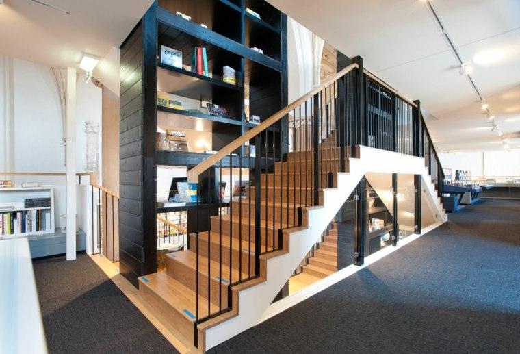 escaleras bonitas dobles libros