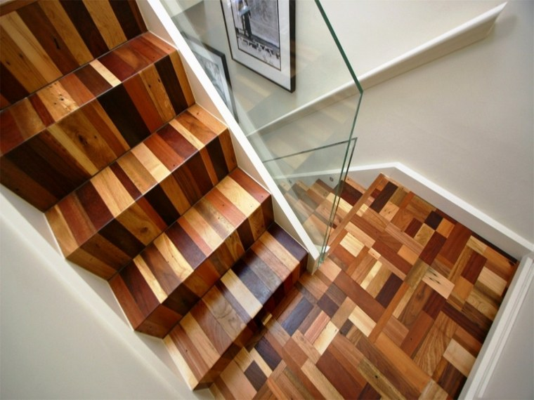 Escaleras interiores inspiradas en la modernidad for Decoracion para pared de escaleras