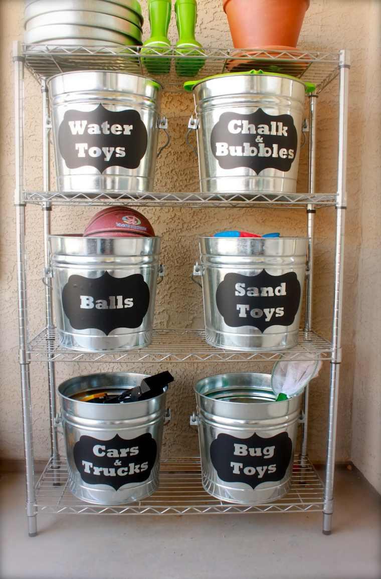 estante cubos metal etiquetas cosas