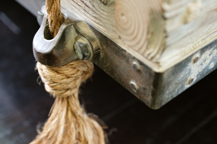 estructura cama colgante madera
