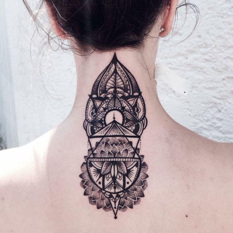 estupendo tatuaje formas geometricas