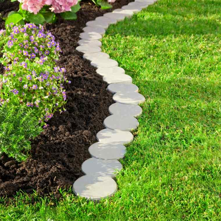 Bordes y separadores para parcelas de jardines 24 ideas - Losas para jardin ...