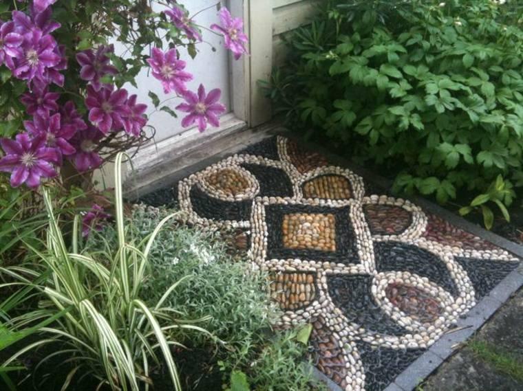 estupenda entrada casa baldosa mosaico