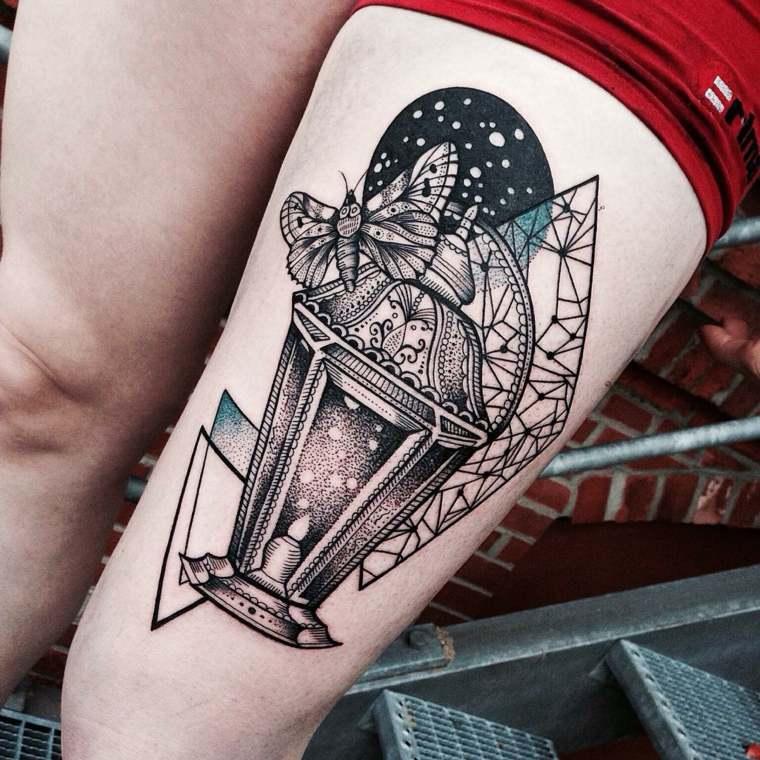 farol mariposa noche cristalera tatuaje