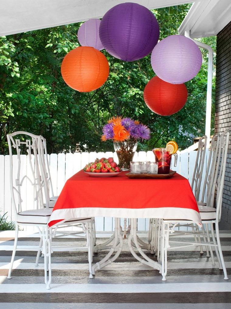 finest fiesta jardin opciones decoracion verano patio blanco ideas with como decorar un patio grande
