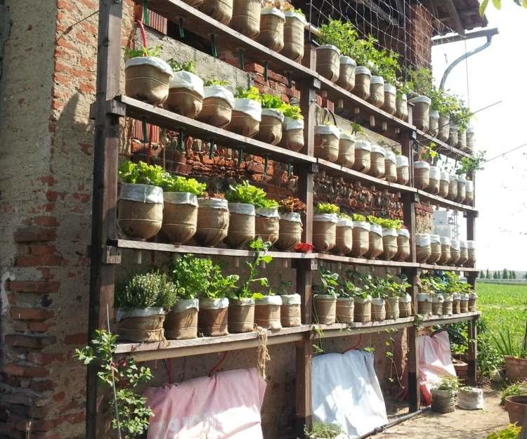 huerto vertical maneras plantar vegetales hierbas macetas pequenas ideas