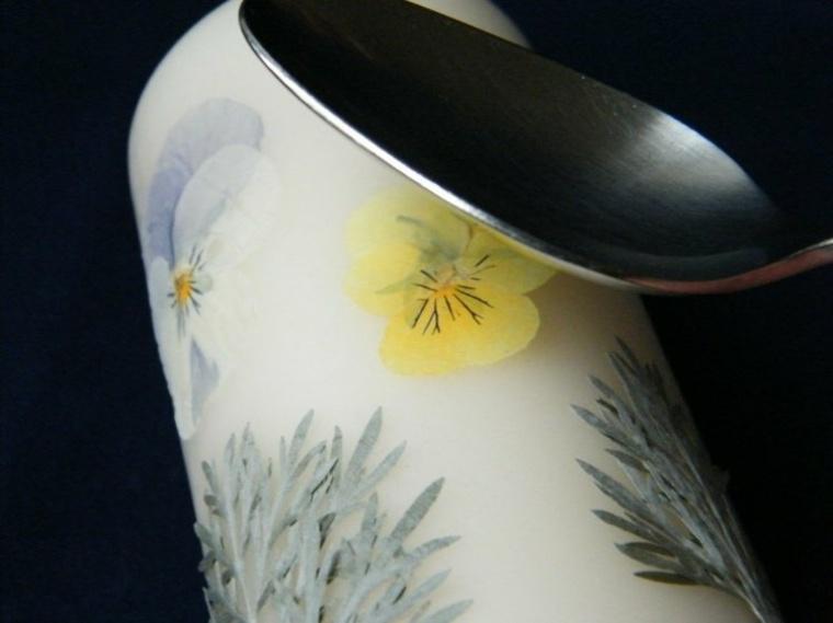 ideas originales decorar velas flores