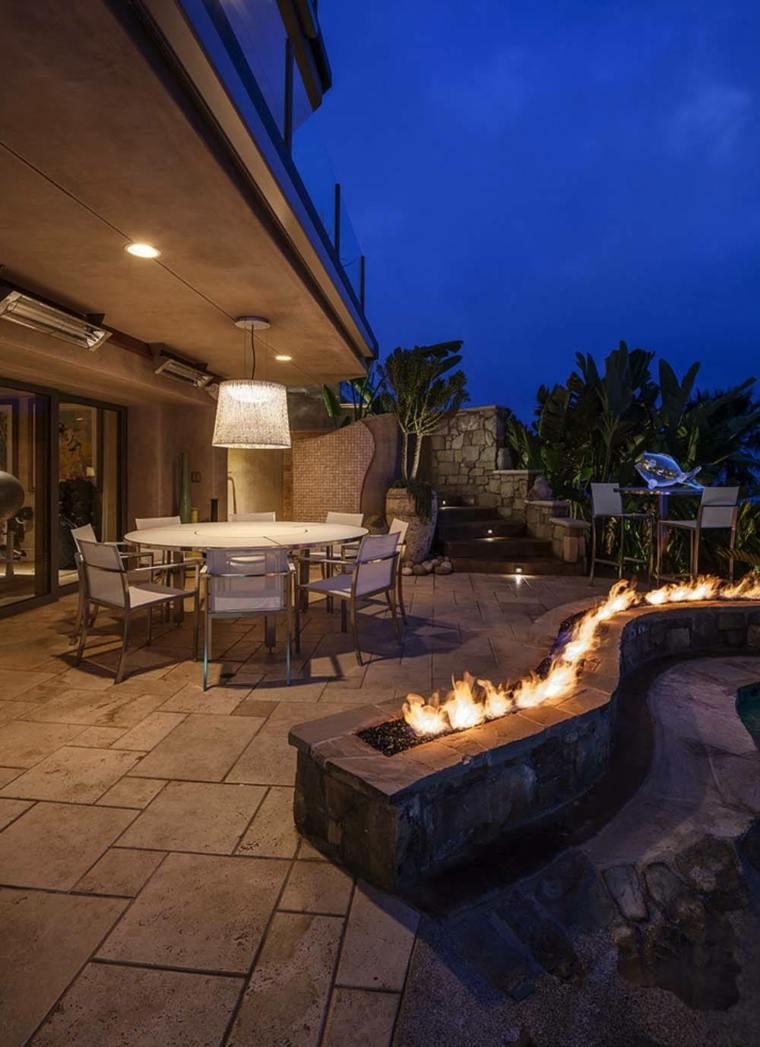 iluminacion pozo fuego jardin comedor exterior ideas