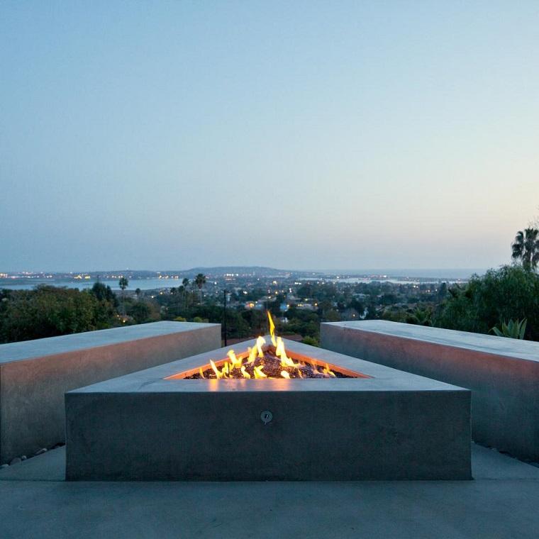 iluminacion pozo fuego jardin forma triangulo ideas