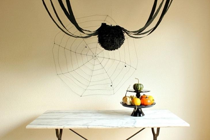 impresionante araña paredes cintas