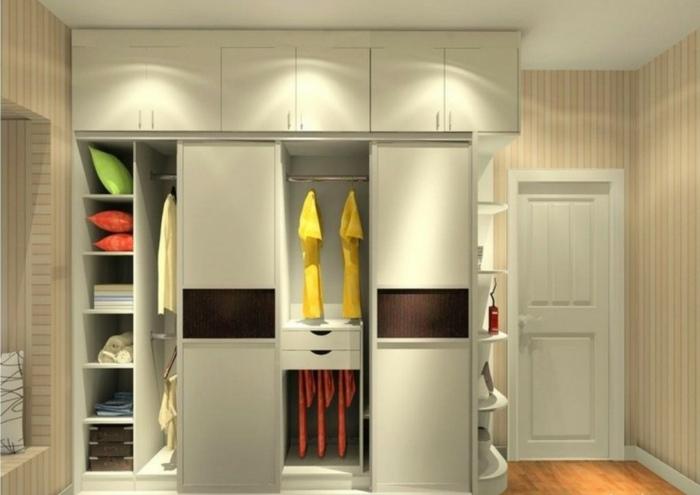 interiores de armarios amarillo cojines colores