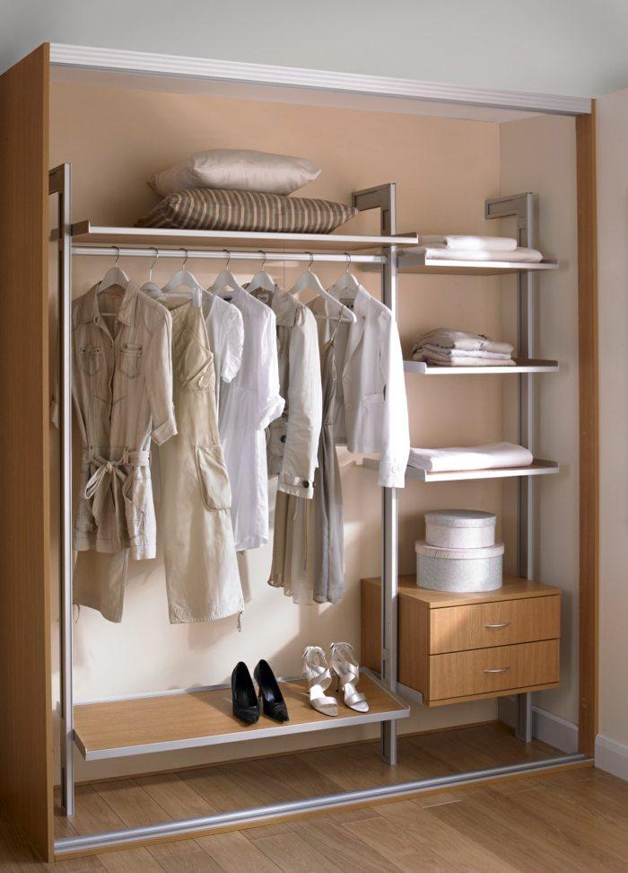 interiores de armarios salas estantes barreras
