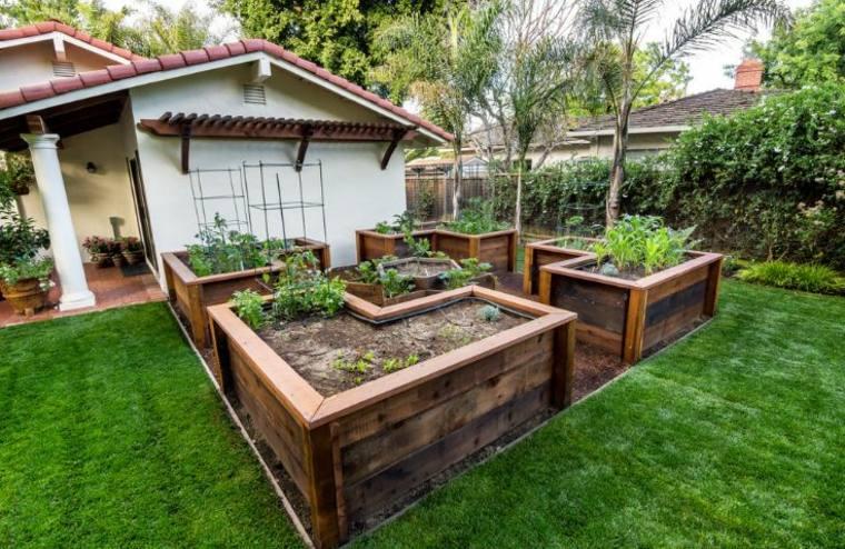 jardineras de madera muy bonitas en el jardn