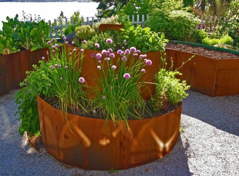 jardineras-macetas-opciones-interesantes-jardin-acero-corten