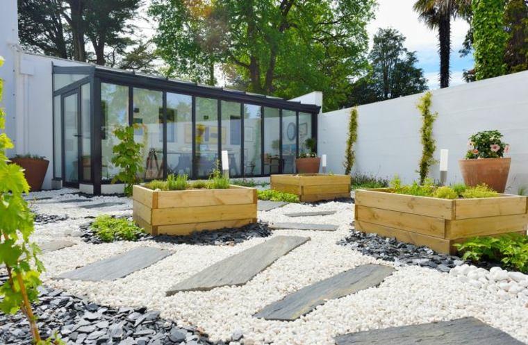 jardineras macetas opciones interesantes jardin amplio ideas