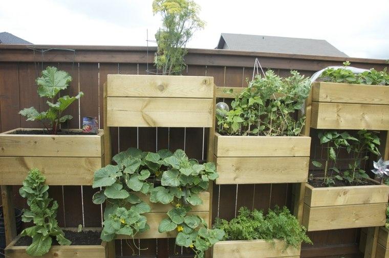 Jardines verticales para la terraza for Macetas para muros verticales