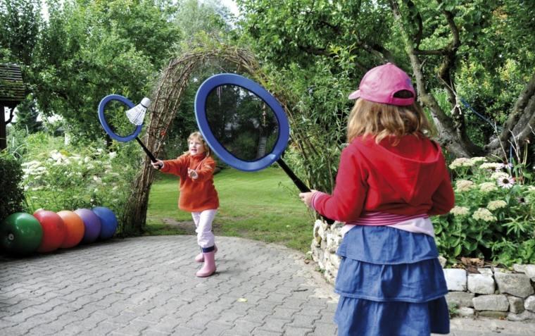 Juegos para ni os al aire libre 21 ideas para aprovechar for Juegos para jardin nios