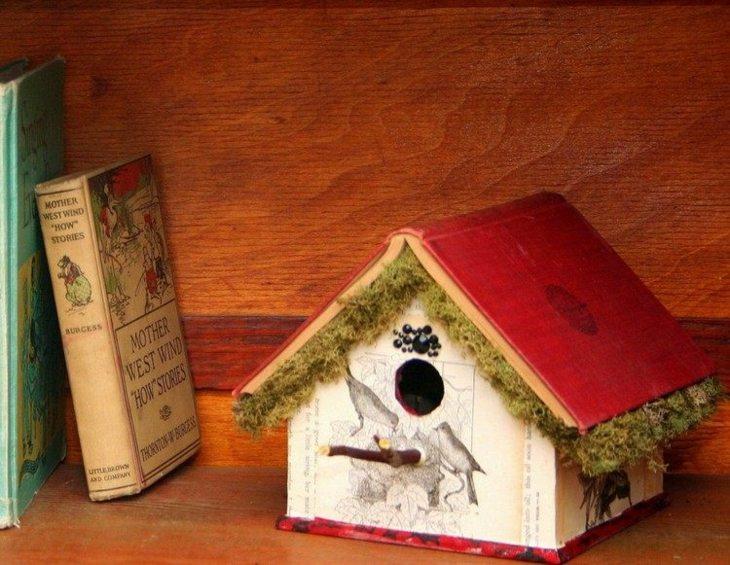 libros especiales rojos musgo madera