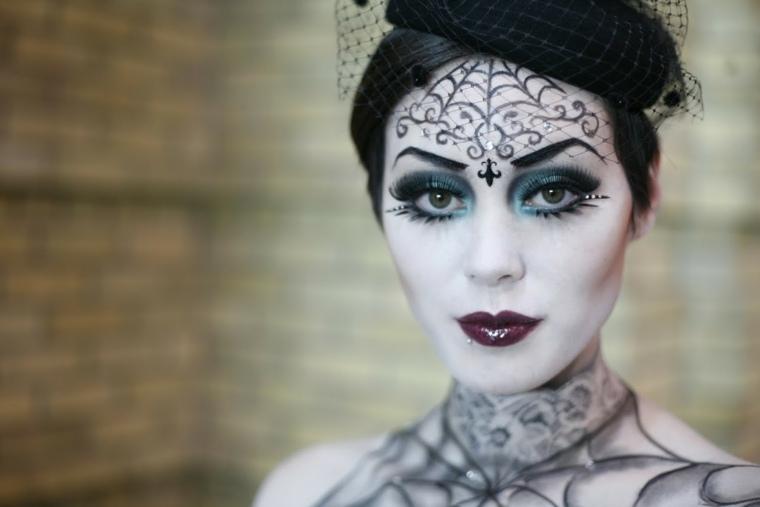 maquillaje para halloween cruz