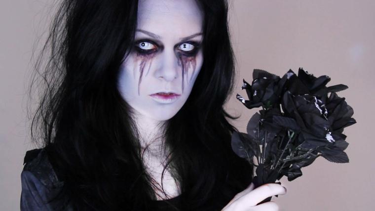 maquillaje para halloween raya emborrada