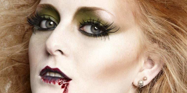 maquillaje para halloween vampiresa