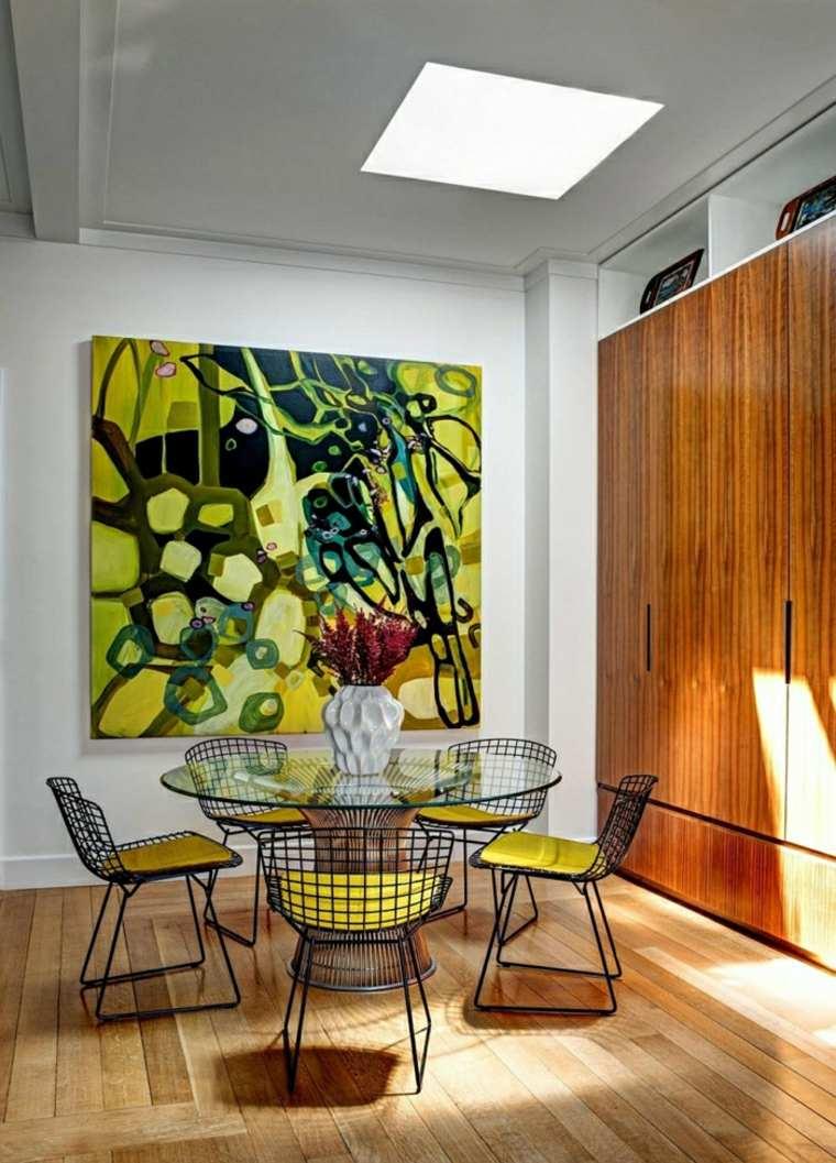 muebles comedor obra arte colores